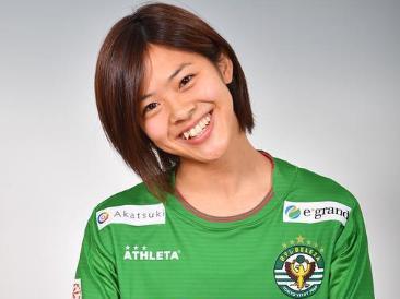 なでしこジャパン女子サッカーかわいい選手:小林里歌子2